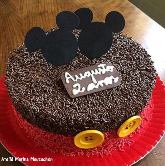 bolo decorado granulado