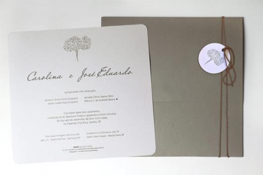 Convites de Noivado Simples minimalista branco e cinza