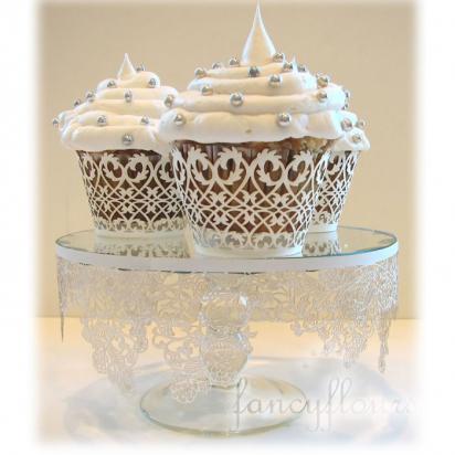 Cupcake para batizado wrapper branco