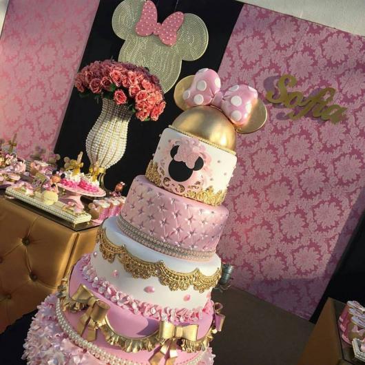 bolo para Festa da Minnie rosa