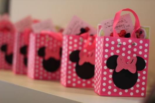 Festa da Minnie rosa sacolinha de lembrança