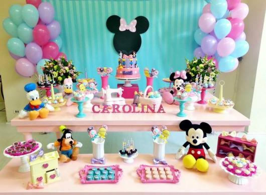 Festa da Minnie rosa com colorido