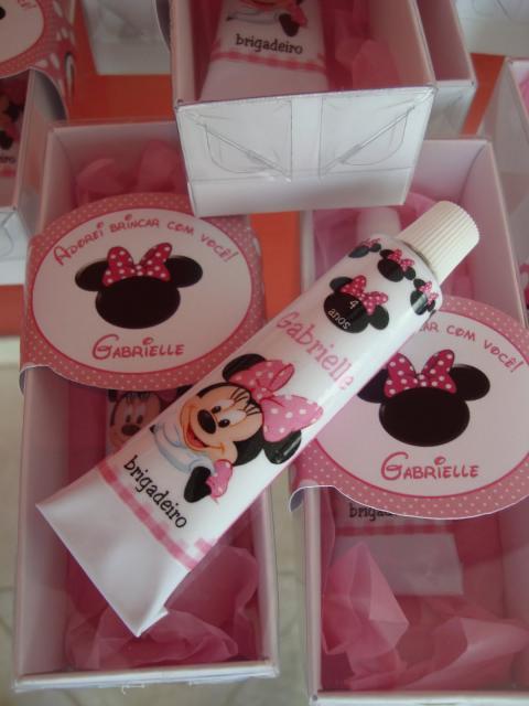Festa da Minnie rosa brigadeiro de lembrança