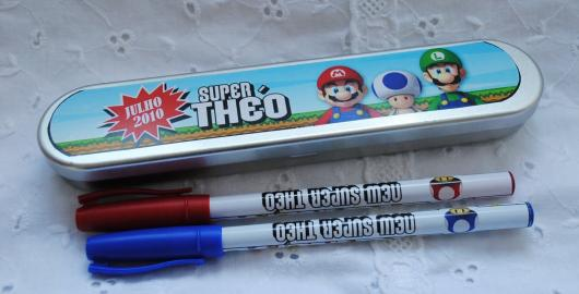 Estojo com tema Mario Bros.