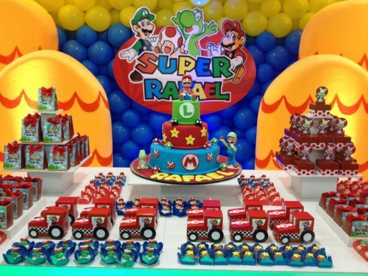 Painel decorativo no tema Mario Bros.