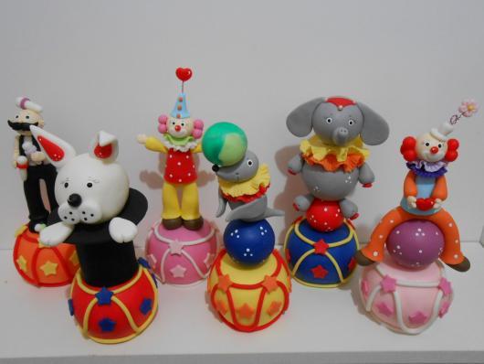 Lembrancinhas com tema circo animais biscuit