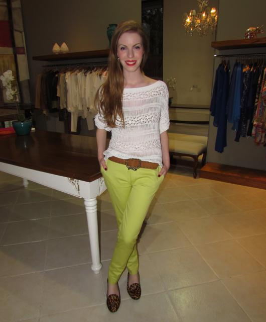 Roupa para festa neon calça verde