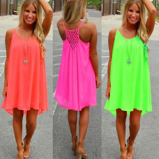 Roupa para festa neon vibrante