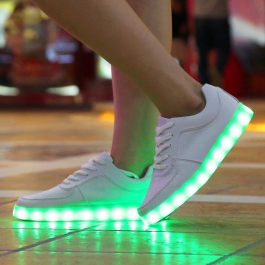 Roupa para festa neon tênis branco LED