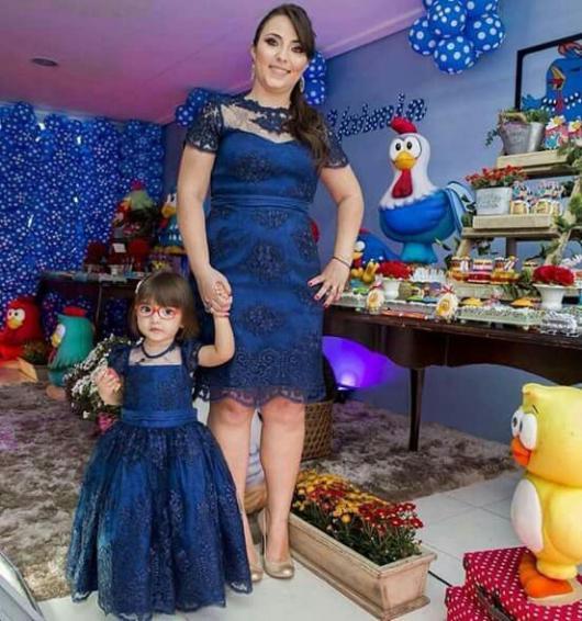 Vestido azul tiffany mae e filha