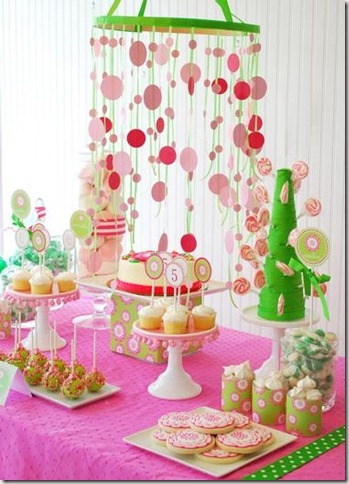 Bodas de Papel decoração simples rosa