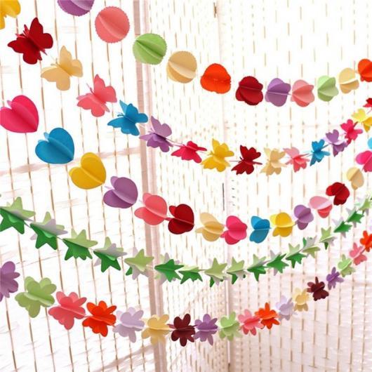Bodas de Papel varal de corações e borboletas de papel