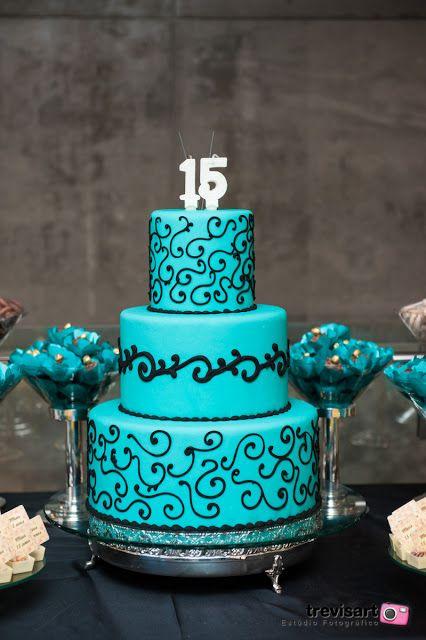 Bolo de 15 Anos arabesco pretos3 andares azul tiffany