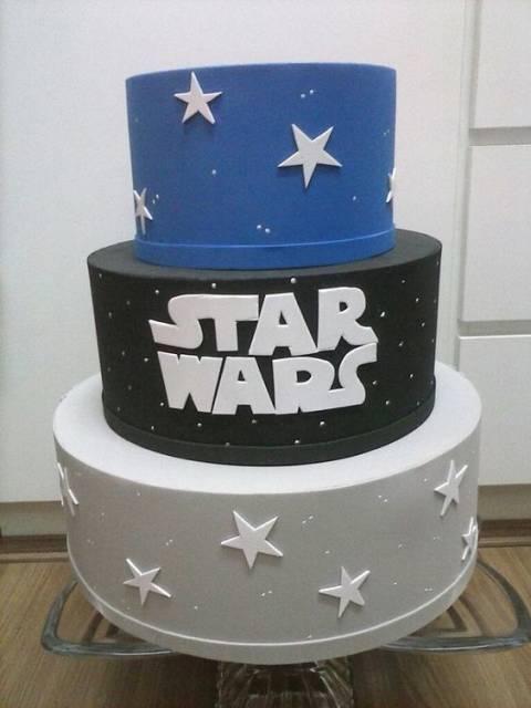 Bolo Star Wars fake de EVA azul preto e cinza