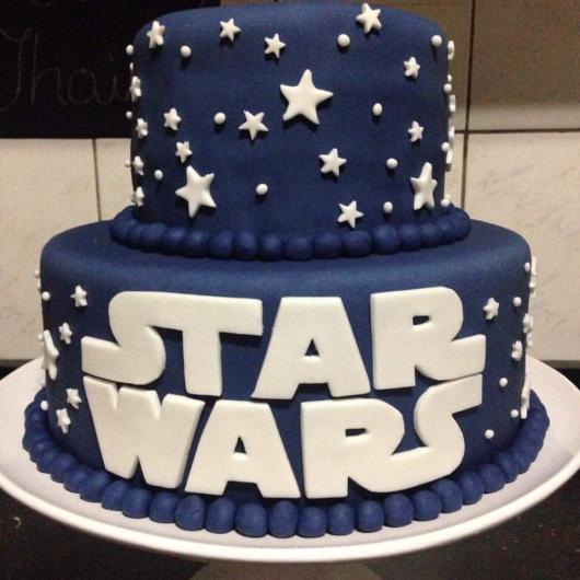 Bolo Star Wars 2 andares azul e branco