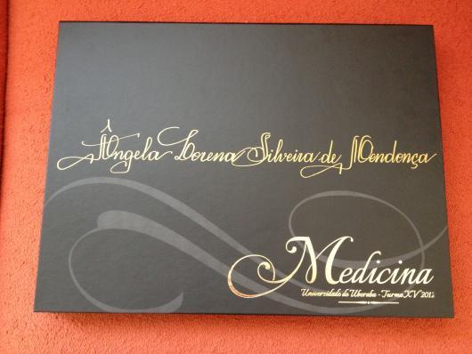 Convites de Formatura Medicina preto e dourado