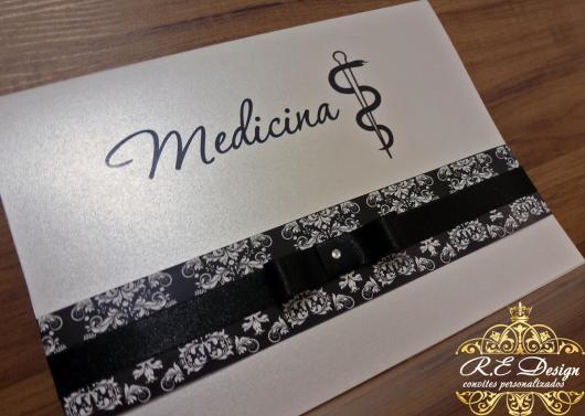 Convites de Formatura medicina preto e branco