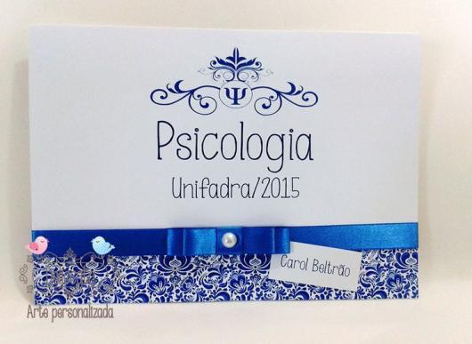 Convites de Formatura Psicologia Scrap azul e branco com laço de fita
