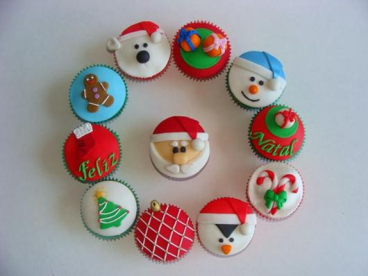 Cupcake de Natal aplique de pasta de leite em pó boneco de neve papai noel