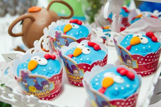 Cupcake galinha pintadinha com wrapper