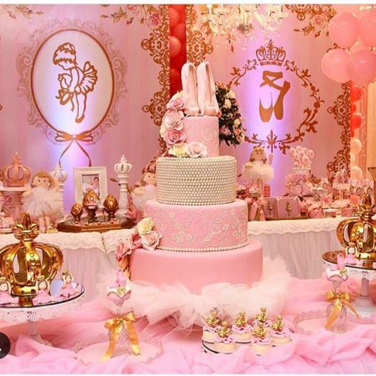 Festa Bailarina de luxo com mesa delicada