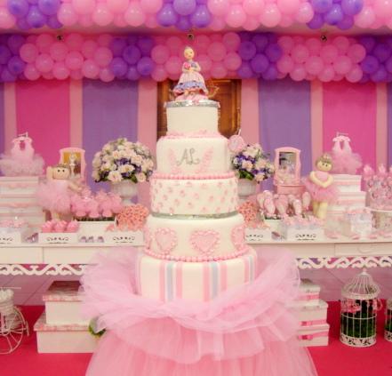 Festa Bailarina rosa e lilás com bexigas