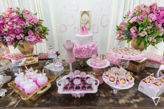 Festa Bailarina rosa e dourada decoração da mesa