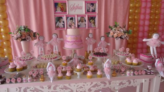 Festa Bailarina decorada com fotos da aniversariante