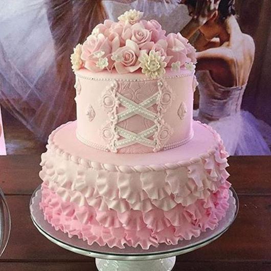 Festa Bailarina bolo rosa