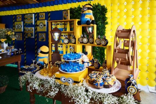Festa dos Minions de luxo rústica