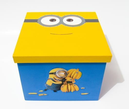 Festa dos Minions lembrancinha caixa de MDF