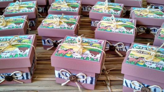Festa Fazendinha lembrancinha caixinha de MDF