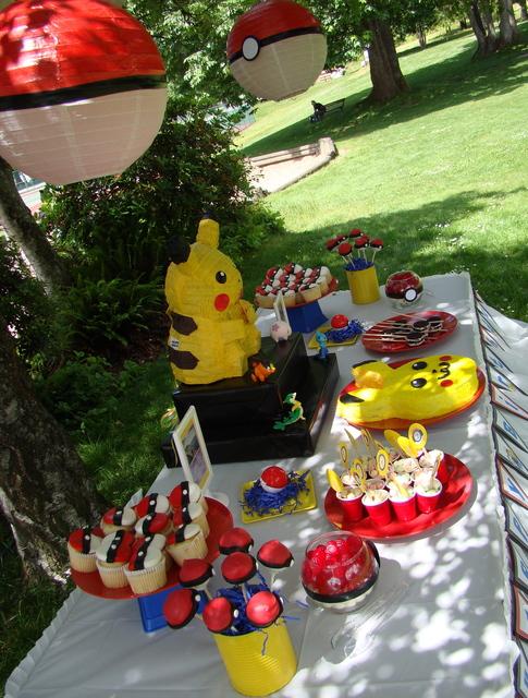 festa Pokémon mesa picnic