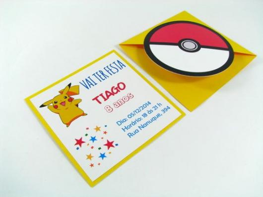convite para festa Pokémon pikachu e pokebola