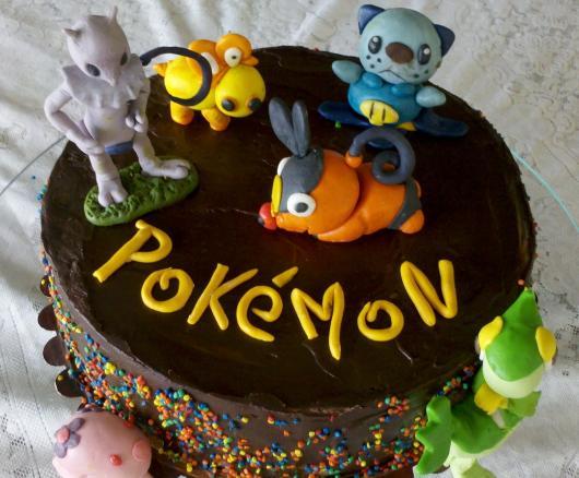 festa Pokémon bolo de chocolate
