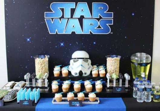 Festa Star Wars feita em casa