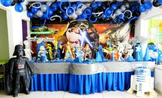 Festa Star Wars infantil com painel