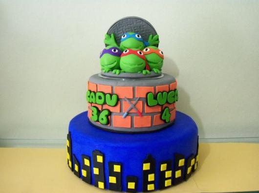 Festa Tartarugas Ninja bolo fake 2 andares