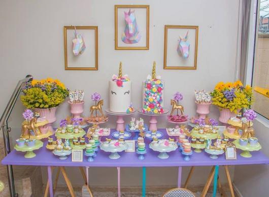 Festa Unicórnio simples lilás
