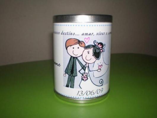Latinhas para Lembrancinhas de casamento adesivada