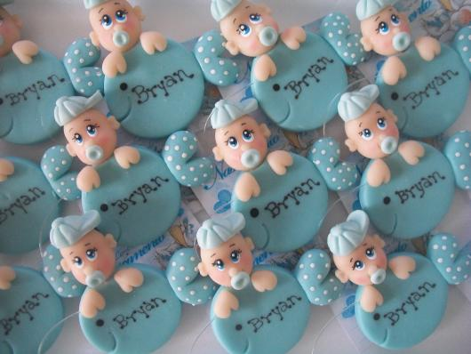 Lembrancinhas de Biscuit maternidade menino