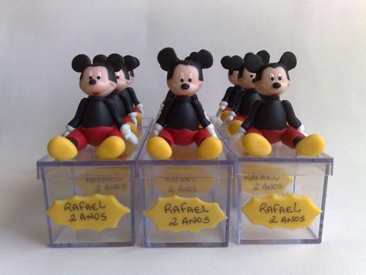 Lembrancinhas de Biscuit do Mickey caixinha de acrílico
