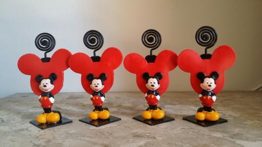 Lembrancinhas de Biscuit do Mickey porta bilhete com coração
