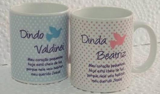 Lembrancinhas para padrinhos de batismo xícara personalizada dindo e dinda