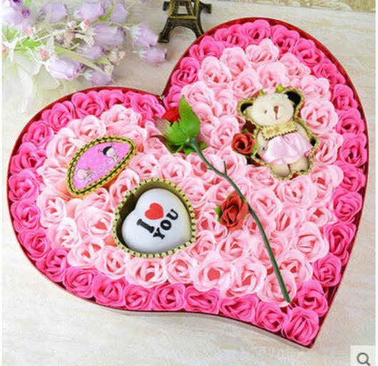 Presentes Criativos para Namorada caixa de rosas com ursinho