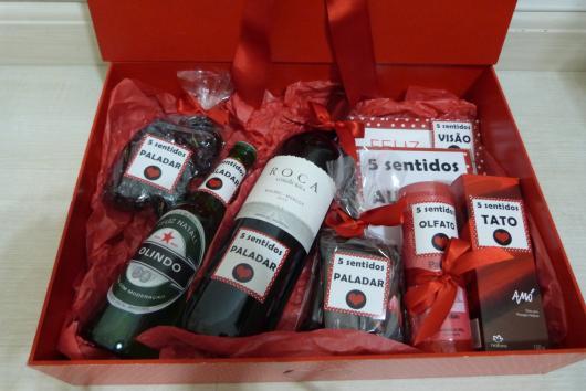 Presentes Criativos para Namorada caixa dos 5 sentidos com vinho