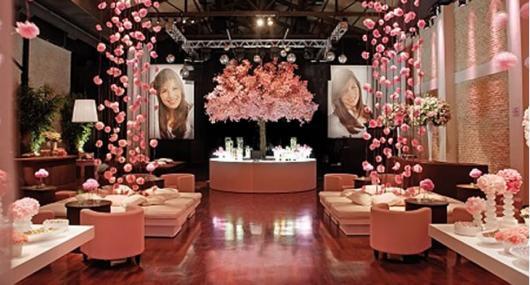Temas para festa de 15 anos cortina de flores