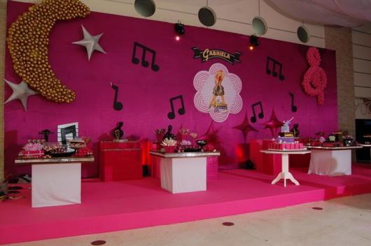 Temas para festa de 15 anos discoteca rosa