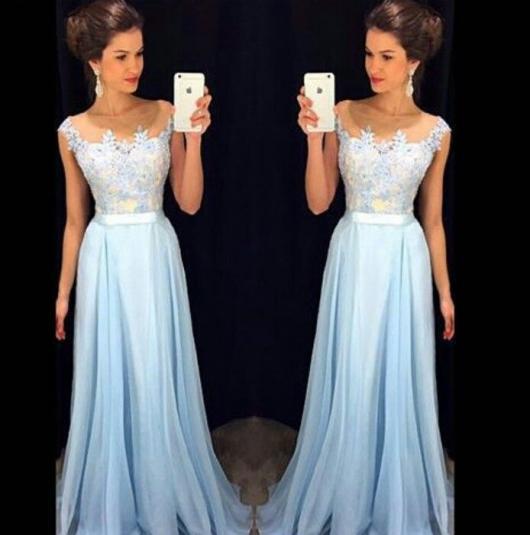 Vestido de Formatura Azul bebê modelo princesa