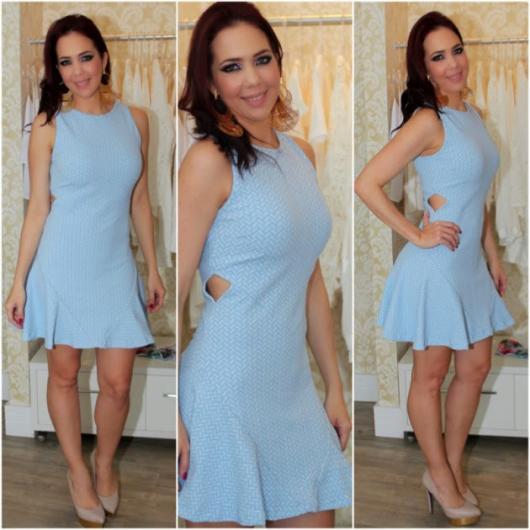 Vestido de Formatura Azul claro curto simples